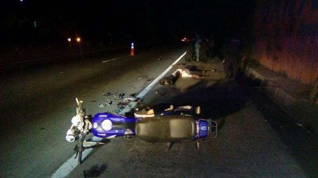 Un muerto y dos lesionados tras accidente de motocicleta en carretera a Quezaltepeque