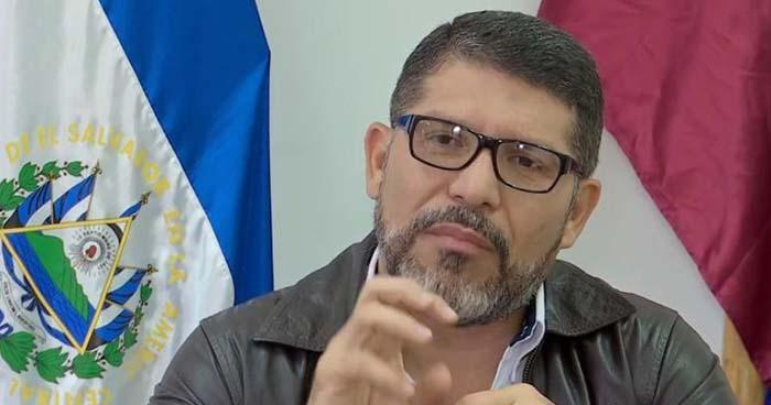 """Alcalde del FMLN asegura que """"solo un milagro"""" puede revertir resultados de encuestas"""