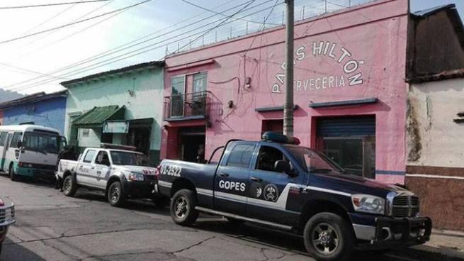 Realizan operativo en prostíbulos de Santa Ana para buscar víctimas de trata de personas