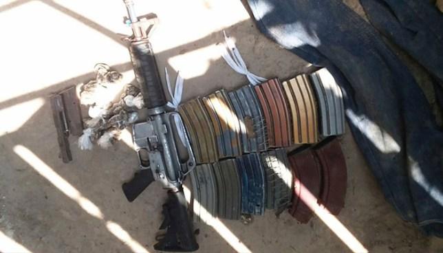 Policía encuentra armamento dentro de la vivienda de un pandillero