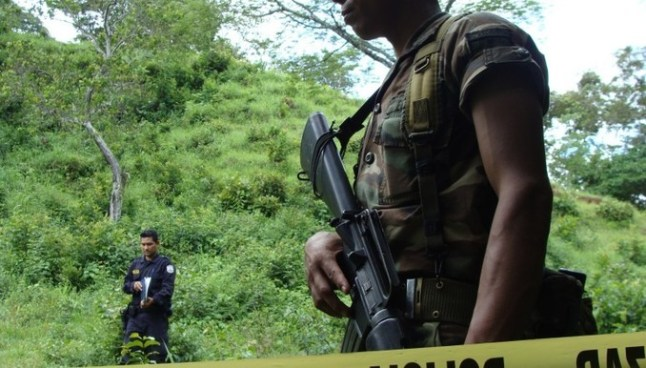 """Asesinan con arma blanca a pandillero que cobraba la """"renta"""" en Jujutla, Ahuachapan"""