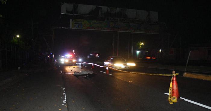 Anciano muere tras ser embestido por un carro en la carretera a Quezaltepeque
