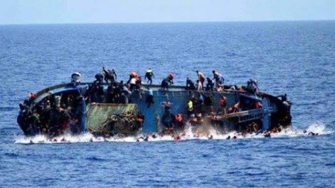 Al menos 7 muertos y decenas de desaparecidos al hundirse un barco en Brasil