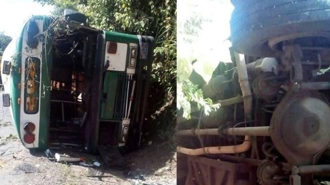 Bus de la ruta 202 vuelca y deja una víctima mortal y dos lesionados en Ahuachapán