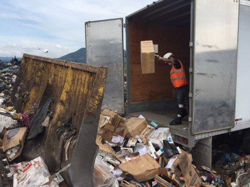 557 cajas de cigarrillos de contrabando fueron destruidas en Ilopango