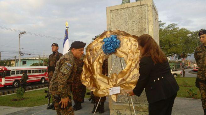 Autoridades Celebran el Día Del Soldado Salvadoreño