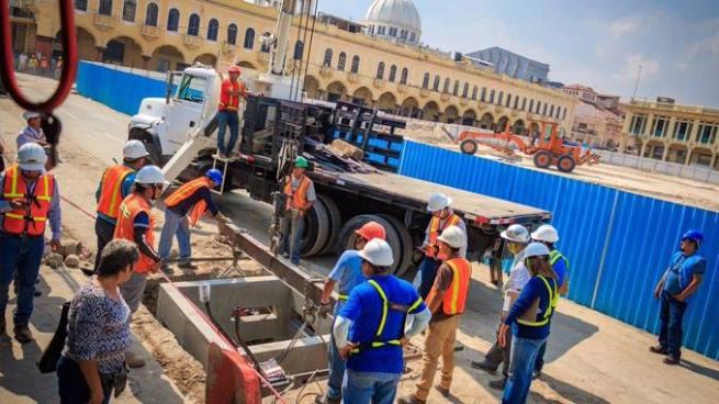 Calles del Centro Histórico de San Salvador estarán cerradas por trabajos de cableado