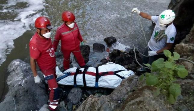Hallan flotando el cadáver de un hombre al interior de una poza en San Miguel