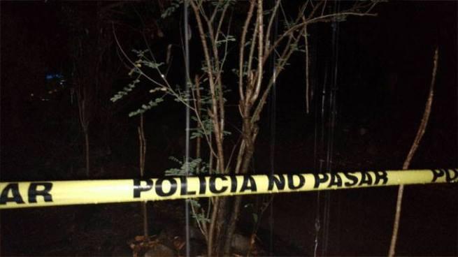 Delincuentes asesinan a balazos a un hombre recién deportado en Candelaria, Cuscatlán