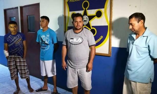 PNC de La Unión captura a cuatro sujetos acusados de diversos delitos