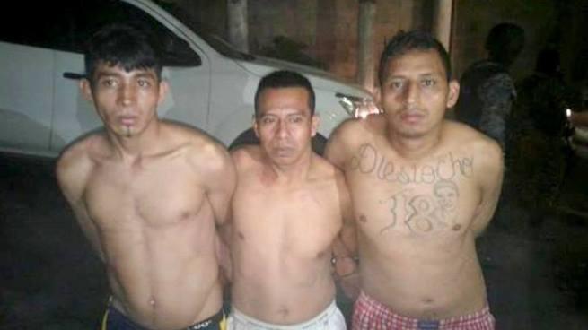 Capturan en Cojutepeque a pandilleros que tenían un arma larga en su poder