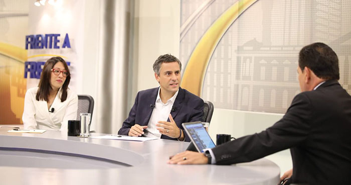 """Carlos Calleja: """" ARENA cometió errores, pero tuvo valentia de expulsar al expresidente Saca"""""""