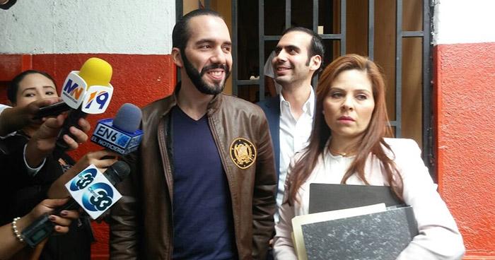 Suspenden por cambio de abogados audiencia contra exalcalde de San Salvador acusado de calumnia