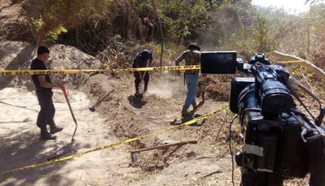 Descubren cadáveres en fosa clandestina en la comunidad La Asunción de Santa Tecla
