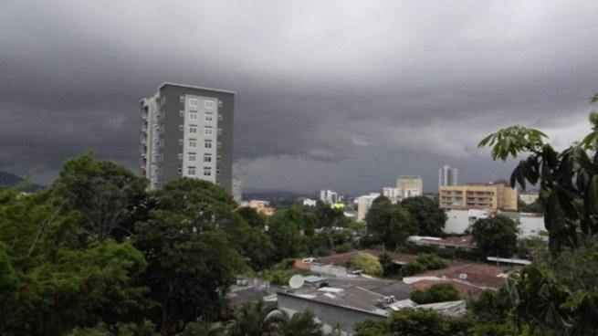 Probabilidad de lluvias con énfasis en la cadena volcánica y zona Norte del país