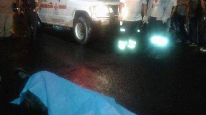 Muere mujer tras ser atropellada frente al parque Daniel Hernández en Santa Tecla