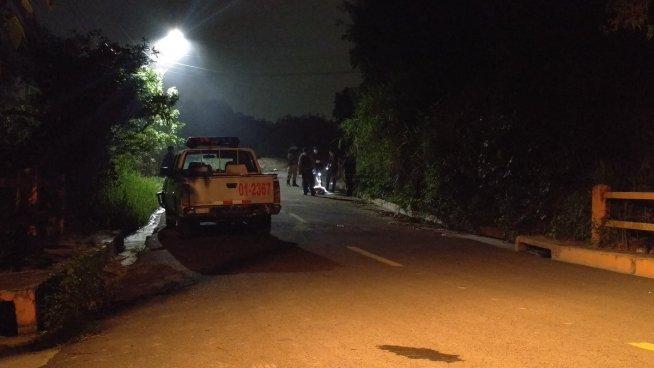 Lanzan cadáver envuelto en bolsas en Ilopango