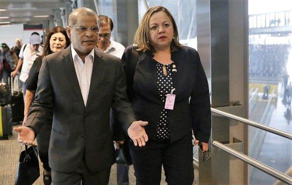 Óscar Ortiz llega a Miami para la conferencia de Seguridad y Prosperidad en Centroamérica