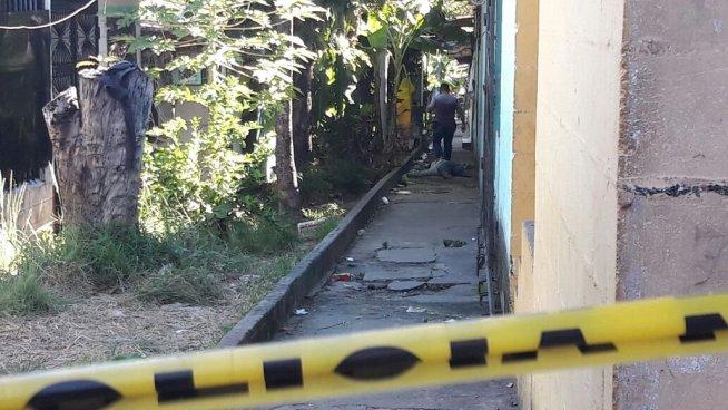 Matan a balazos a dos hombres y una mujer en Ayutuxtepeque