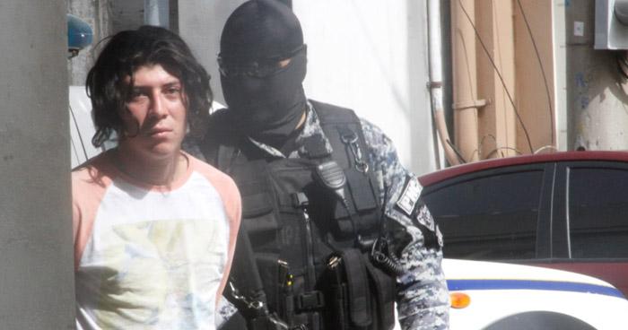 """El diablo me ha pedido dos almas"", dijo joven que mató a dos indigentes en San Salvador"