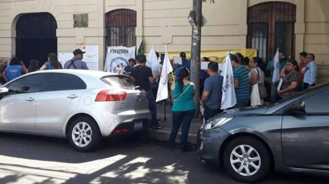 Sindicato de ISDEMU pide destitución de la Secretaria de Inclusión Social Vanda Pignato