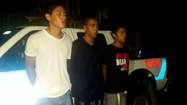 Capturan a tres pandilleros que se transportaban en un vehículo con reporte robo