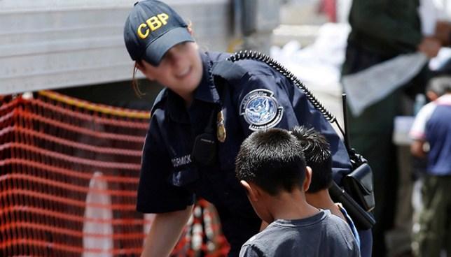 Demandan al gobierno de Donald Trump por la detención de niños inmigrantes