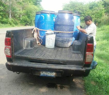 Incautan 750 botellas de leche cerca de la frontera La Hachadura