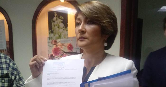 Diputada de ARENA pide realizar un reforma urgente para agilizar la extradición del expresidente Funes