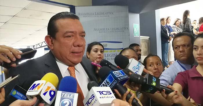 Diputado de GANA asegura que su partido tiene más acercamiento con Nayib Bukele que con ARENA