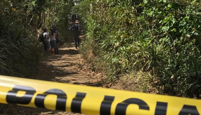 Sujetos con ropas oscuras asesinan a dos pandilleros en Nahuizalco