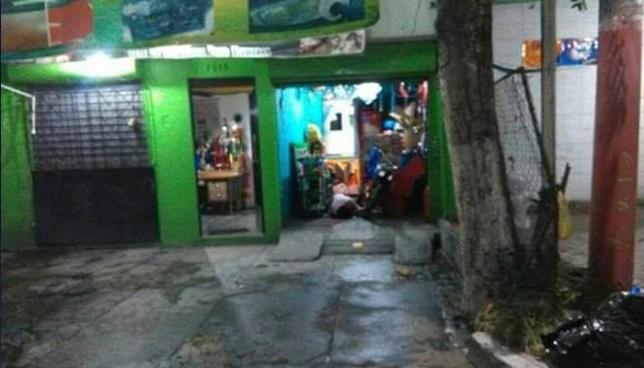 Criminales asesinan a pareja de esposos al interior de un restaurante de Soyapango