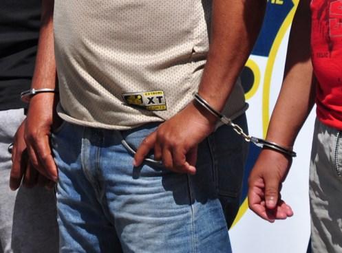 Capturan a tres policías en La Unión por tener vínculos con pandillas