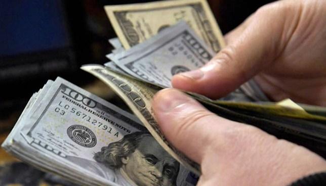 Fiscalía acusa a exmilitar de evadir impuestos por más de un millón de dólares