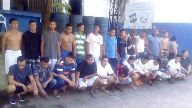 Decretan instrucción formal con detención a 20 miembros de estructura criminal