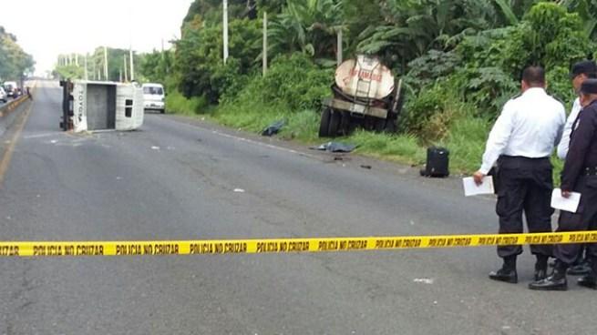 Un muerto en accidente de transito en carretera de Sonsonate a San Salvador