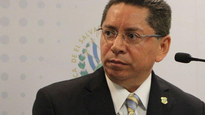 Resultado de imagen para Fiscal siente pena de la ajena por ministro de defensa Muguía Payés