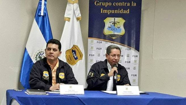 Fiscalía asegura que Jorge Hernández  y expresidente Saca habrían lavado $8.1 millones