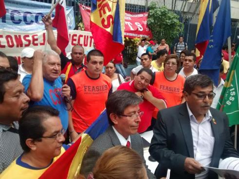 Sindicatos presentan propuesta de Reforma al Sistema Pensiones