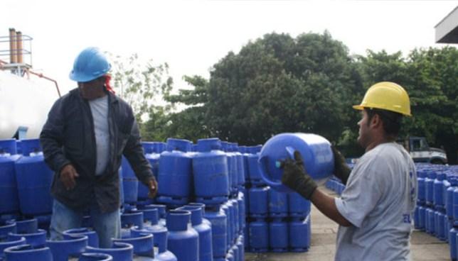 Precios de cilindros de gas propano disminuyen y Gobierno aumenta el subsidio