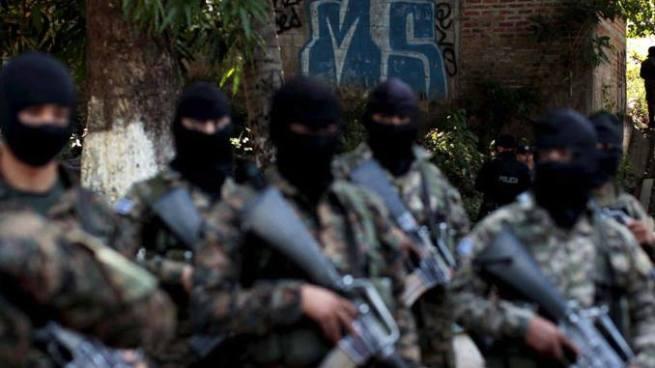 Derechos Humanos investiga ejecuciones cometidas por policías y soldados