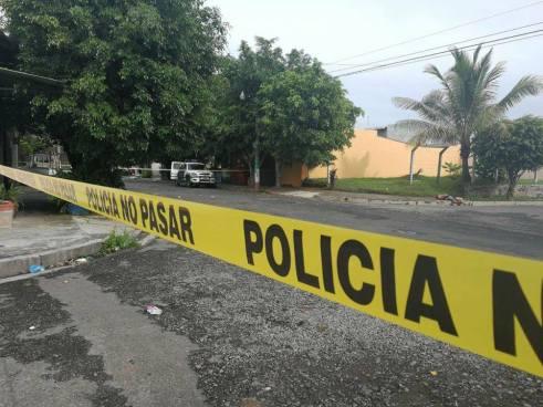 Asesinan a balazos a hombre frente a colegio de Lourdes, Colón