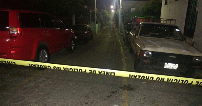 Hombre es asesinado a balazos en Dulce Nombre de María, Chalatenango