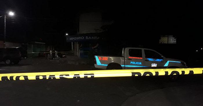 Asesinan a joven en las cercanías del mercado Central de San Salvador