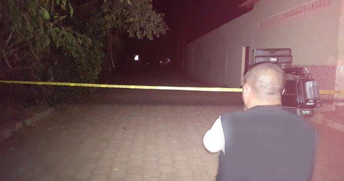 Delincuentes vestidos de militares privan de libertad y matan a adolescente en San Miguel