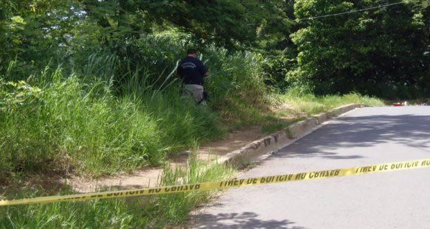 Asesinan a balazos desde un vehículo a un hombre en Santa Ana