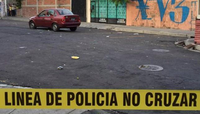 Asesinan a balazos a un hombre en la colonia Monte Blanco de Soyapango