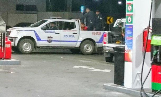 Apuñalan a un hombre ebrio en la gasolinera de El Triángulo en San Miguel