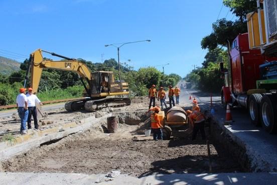 Fondos para ampliar la carretera El Litoral podrían perderse si diputados no reforman el FOVIAL
