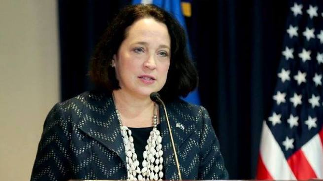 Embajadora de EE.UU. afirma que cada vez es más difícil justificar el TPS ante el Congreso